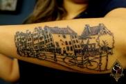 Linhas e arquitetura, desenho de Amsterdam feito pela cliente.
