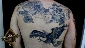 Animais sombreados, tatuagem em andamento.